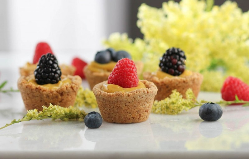 Lemon Curd Berry Tarts