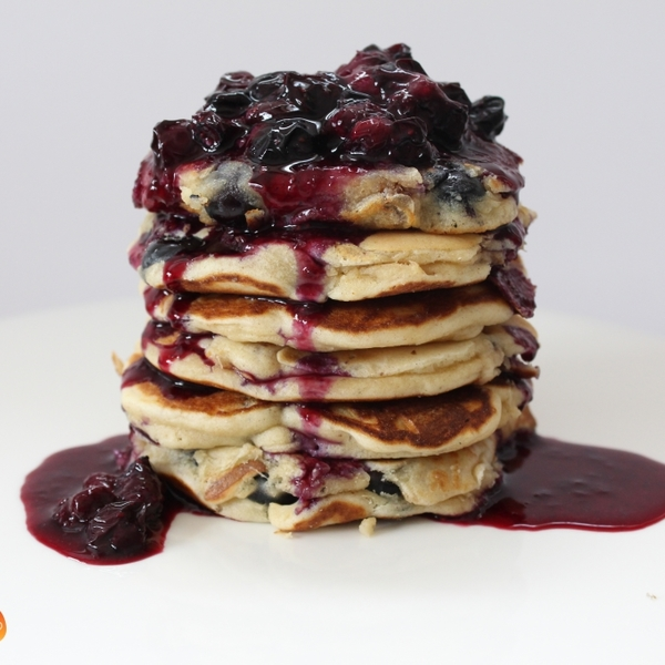 Sugar-Free Blueberry Pancakes