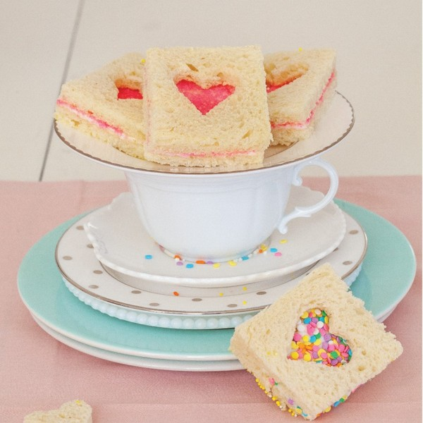Fairy Bread Sandwiches from Sprinkles!