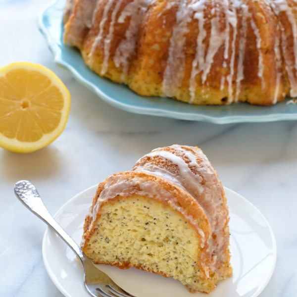 Fluffy Lemon Poppy Seed Cake