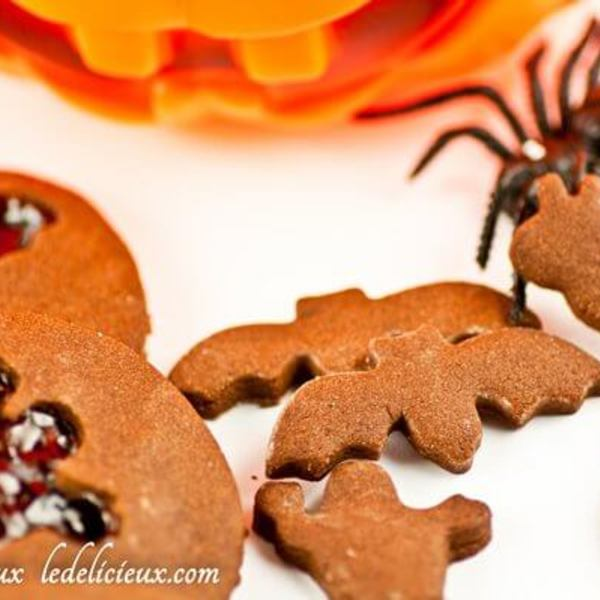 Chocolate Halloween cookies with jam cut out