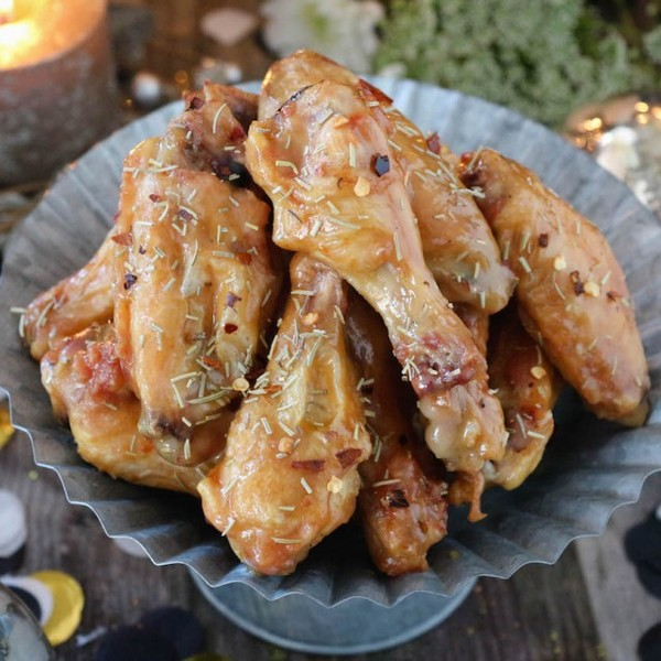 New Year's Eve Rosemary Honey Mustard Chicken Wings