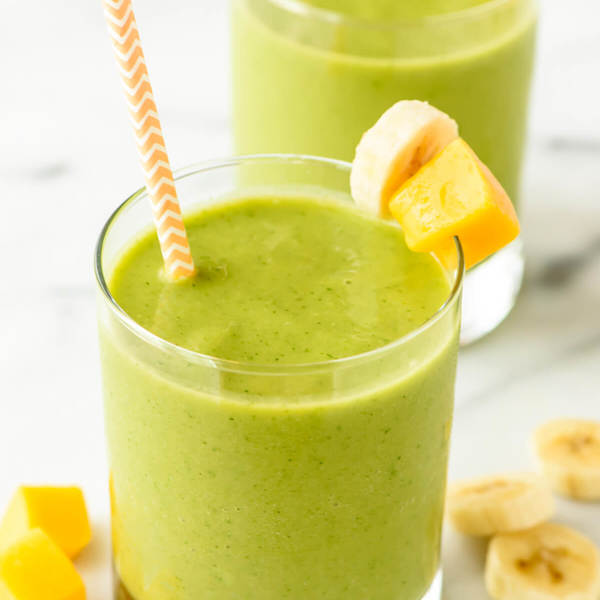 4 Ingredient Mango Green Smoothie