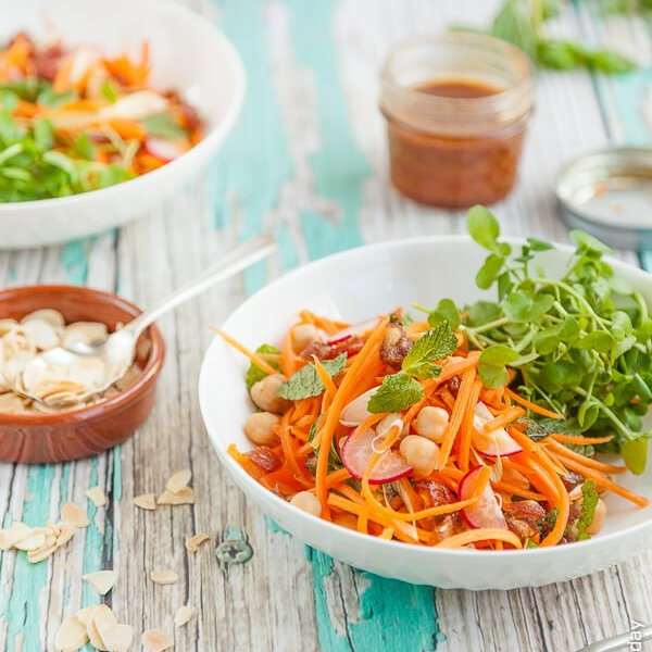 Moroccan Carrot Salad with Chickpeas