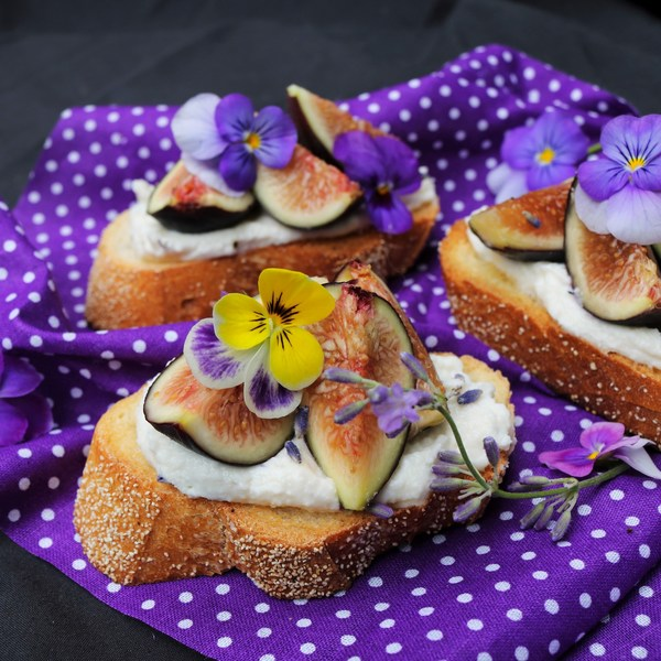 Ricotta Fig Lavender Crostini