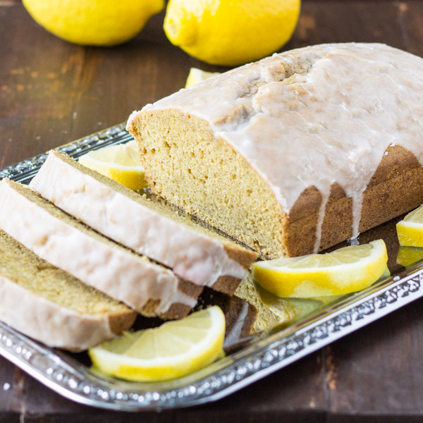 Lemon Olive Oil Cake (Vegan)