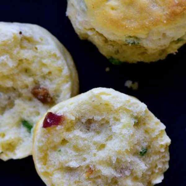 Bacon Green Onion Biscuits Recipe