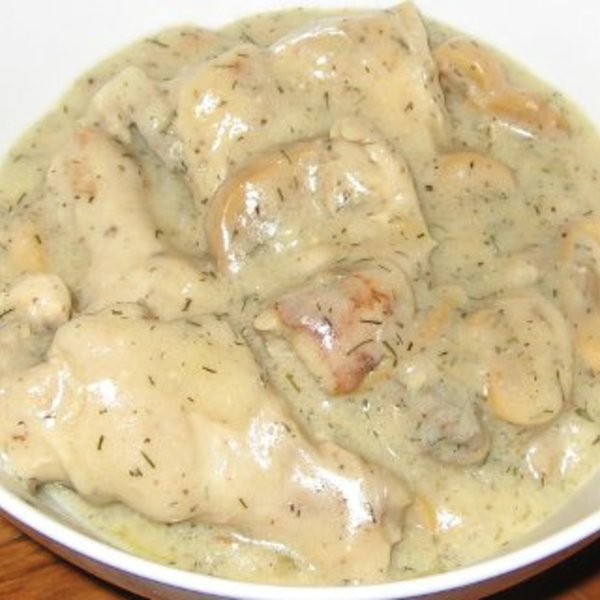 Mushrooms and Chicken in White Sauce