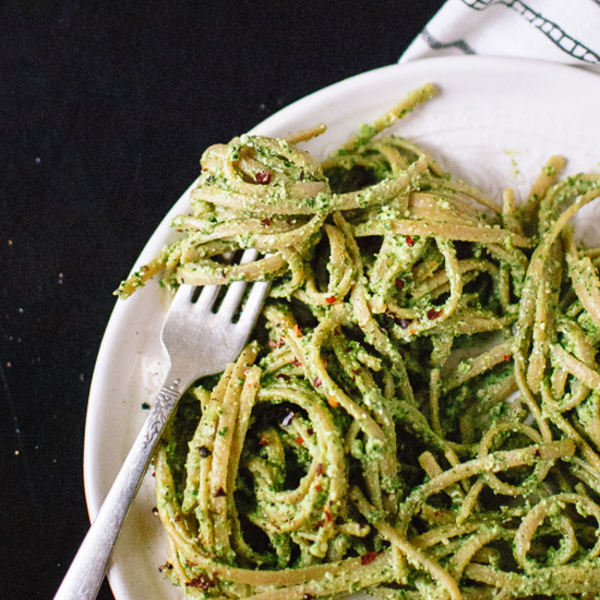 Super Kale, Hemp and Flaxseed Oil Pesto