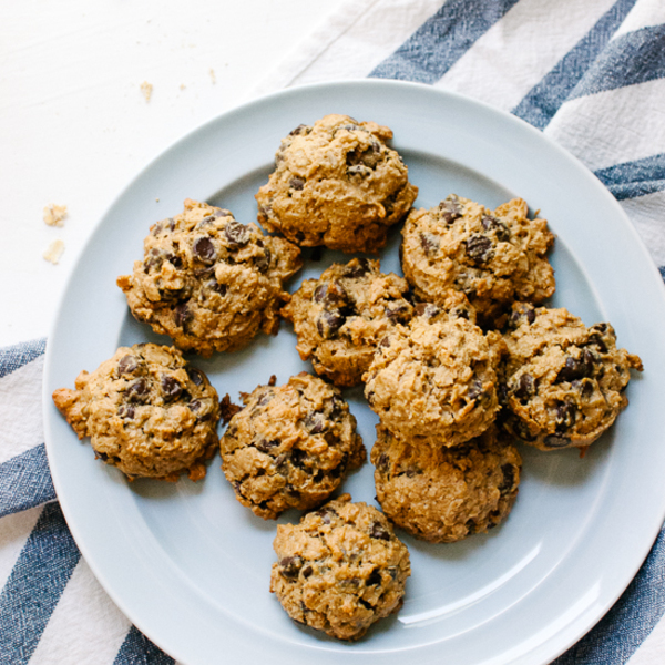 Maple Peanut Butter Chocolate Chip Oatmeal Cookies!