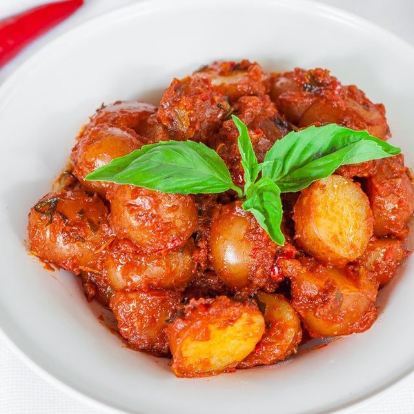 Potatoes in Hot Red Sauce
