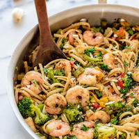 Healthy Garlic Shrimp Pasta