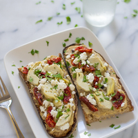 Sundried Tomato, Artichoke and Hummus Tartines