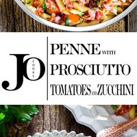 Penne with Prosciutto, Tomatoes and Zucchini