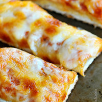 Cheesy Garlic Pizza Sticks Recipe