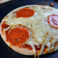 15 Minute Pizza Recipe for Kids