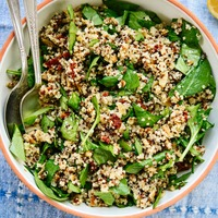 Sun-Dried Tomato, Spinach and Quinoa Salad