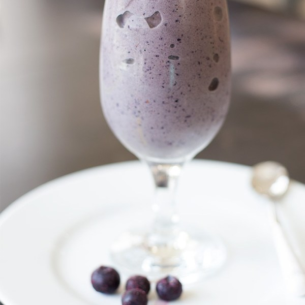 Blueberry Chocolate Protein Smoothie