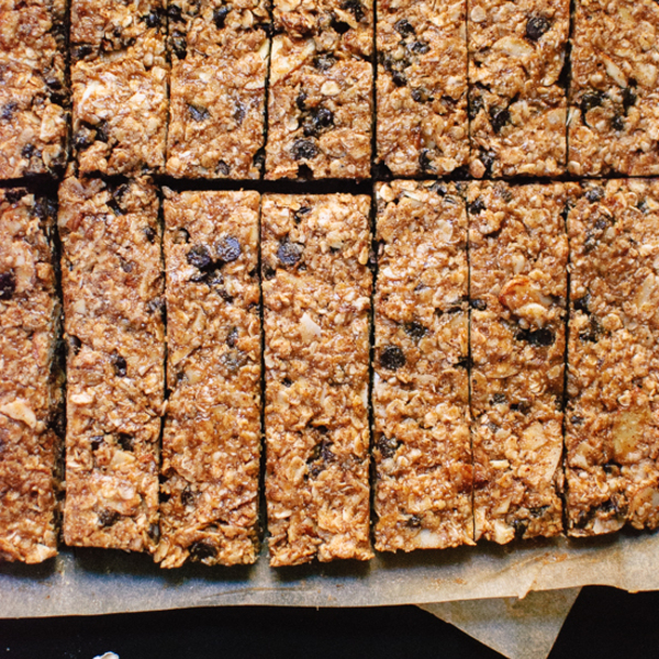 Honey-Sweetened Almond Chocolate Chip Granola Bars