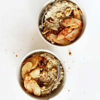 Date Sweetened Apple Pie Oatmeal