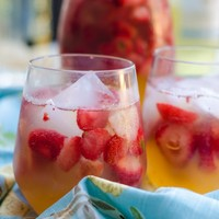 Sunset Sparkling Easy White Sangria