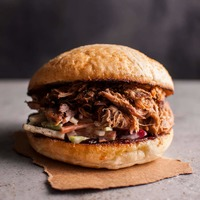 Slow Cooker Pulled Pork Sandwich with Apple Slaw