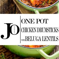One Pot Chicken Drumsticks with Beluga Lentils